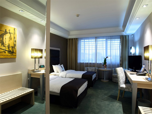 bg_holiday_inn8