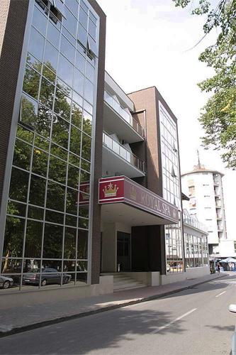 lo_royal_spa_hotel